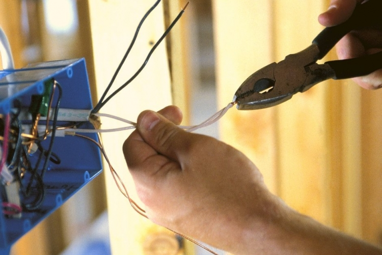Handyman Larry Mesa AZ Handyman Service